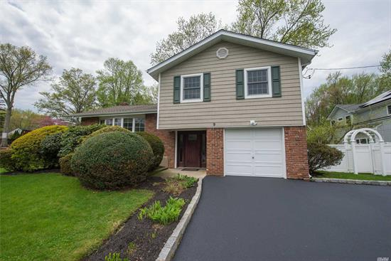 Beautiful Northport Village Home With Sprawling Flat Yard & Inground Pool. Mint Move In Condition. Don't Wait To Come See This Beauty. A Wonderful Place To Call Home!!