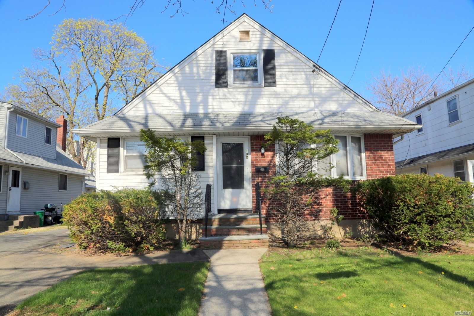 Beautifully Maintained!  Recently Upgraded 5 Bedroom, 2.5 Bathroom Home In The Highly Sought-After New Hyde Park School District! Oversized Lot With Large Yard, Just 2 Blocks To Lirr Station For Easy, Convenient Commute To Manhattan/Nyc/Jfk Airport. Easy Access To All Main Highways Too! Large Driveway Parks 4 Cars Easily, With On-Street Parking Also Available.Three Bedrms And 2 Full Baths On Main Floor (The Back Bdr Has Full Bathroom And Side Entrance, Easily Upgradable To An In-Law Suite).