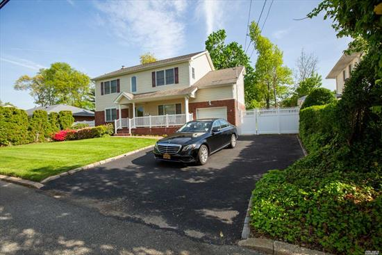 Beautiful Home With 2nd Floor That Was Added In 2005, With Huge Great Room And Vaulted Ceilings/ 2 Bedrooms /Office / And Full Bath. Mid Block Location On Treeline Street. Hardwood Floors Throughout. Blue Ribbon Commack Schools. Owner Will Listen To All Offers