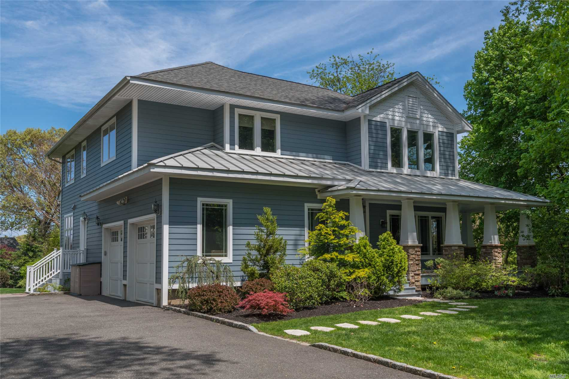 This Renovated 2008 One-Of-A-Kind Custom Residences Is Tucked Away At The End Of A Lovely Lattingtown Cul-De-Sac. It Overlooks The Mill Neck Creek And Is Set On Just A Shy One Acre Parcel. Blue-Stone Patio And Mature Plantings. Fabulous Front And Rear Covered Porches. All Generously Proportioned Rooms. Walls Of Windows Capturing Water Views. Perfect For Everyday Living And Wonderful Entertaining. Lattingtown Beach Rights. Glen Cove Golf Privileges.