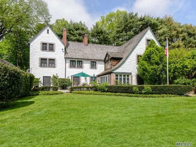 Built In 1914 By William Adams Delano For His Own Use, This Fabulous 8 Bedroom, 5.5 Bath Stucco Estate Bespeaks The Elegance Of Yesteryear, Yet Is Comfortable For Today's Living. Centrally Located With Easy Access To Arteries & Shopping.