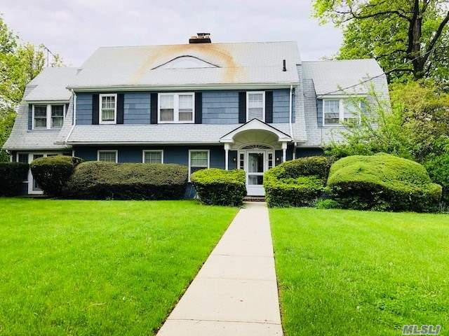 This Address Is Also Known As 53-68 Thornhill Ave. Exceptional Large Lot: 124 X 162' 14, 400Sf R1-2 Zone. Builders Delight! Charming Colonial In Need Of Tlc. This Large Suburban Home Has Maids Quarters With Private Staircase. Attached Oversized 2-Car Garage In Rear.