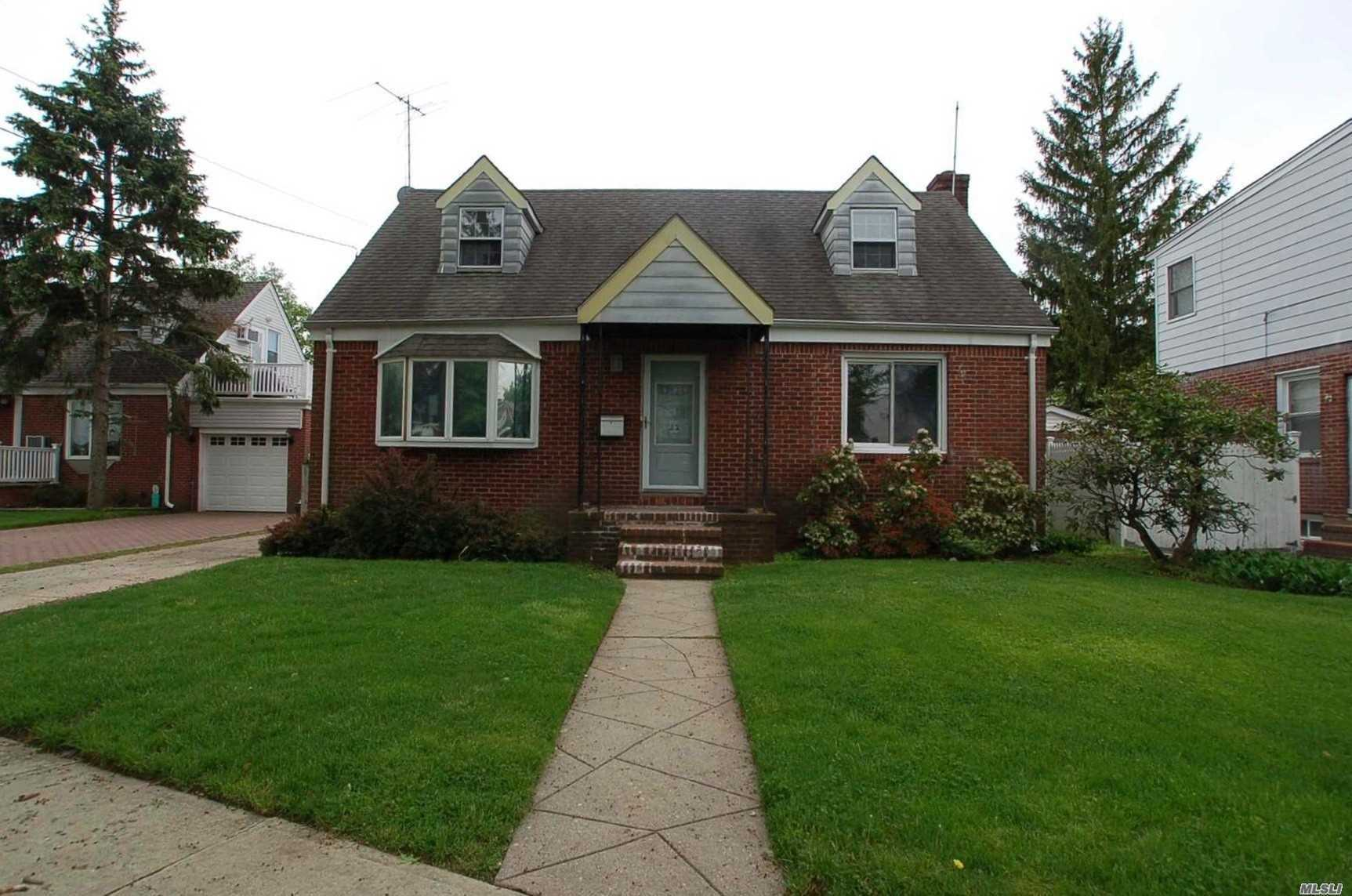 Price Reduction!!! Lovely 4 Br/1 Bath Cape. Beautiful Street In Pilgrim Estates. Updated Kitchen & Bath. Hardwood Floors Throughout. Master Bedroom On First Floor. Private Backyard. New Hyde Park School District. Walking Distance To Buses, Shops And Schools.