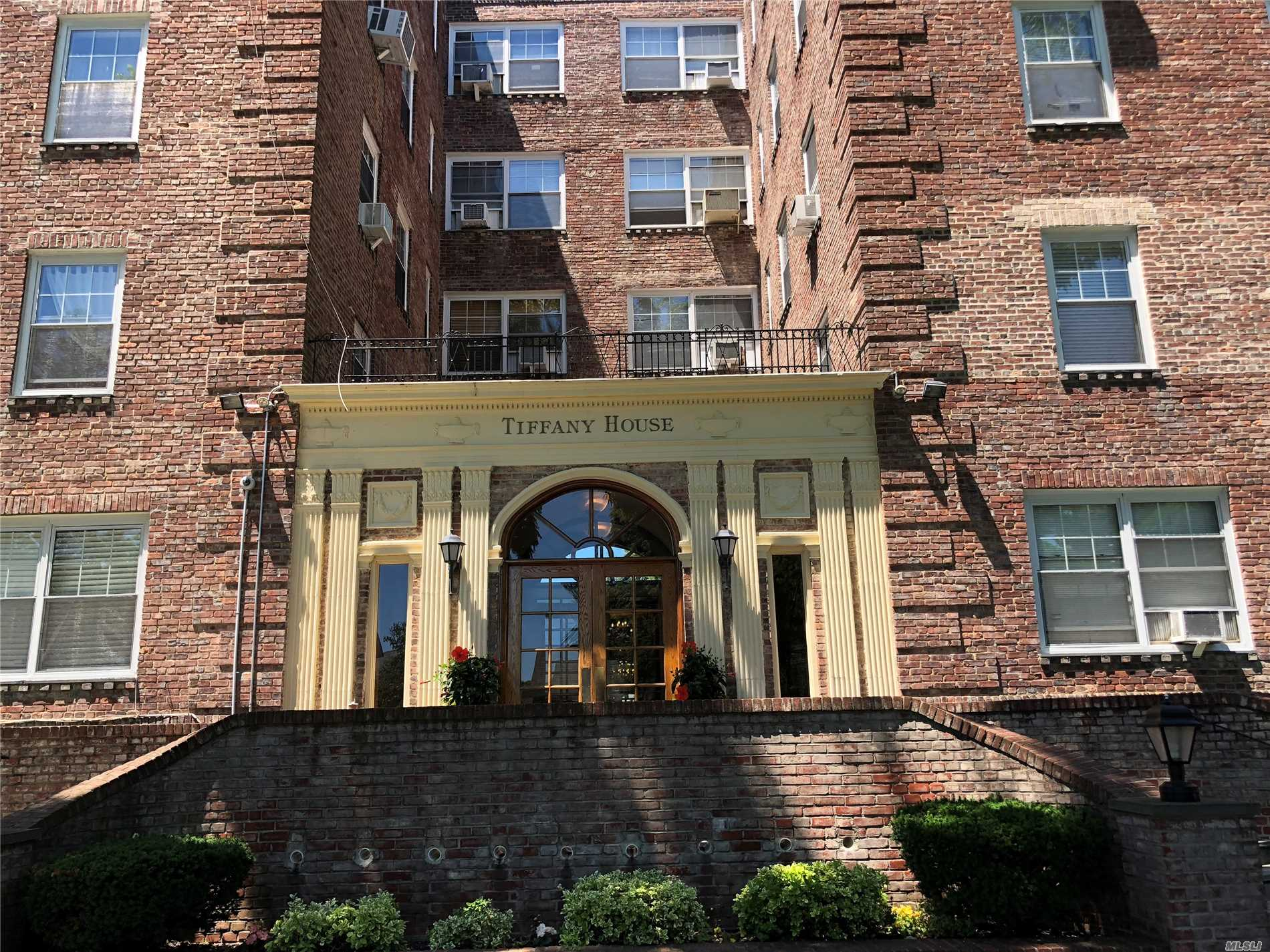 Large 1 Bedroom In Elevator Bldg. Totally Renovated Kosher Eat-In Kitchen And Bathroom, Large Living Room/Dining Room And Bedroom With Wood Floors. Washer/Dryer In Basement. Close To Railroad And Shopping.