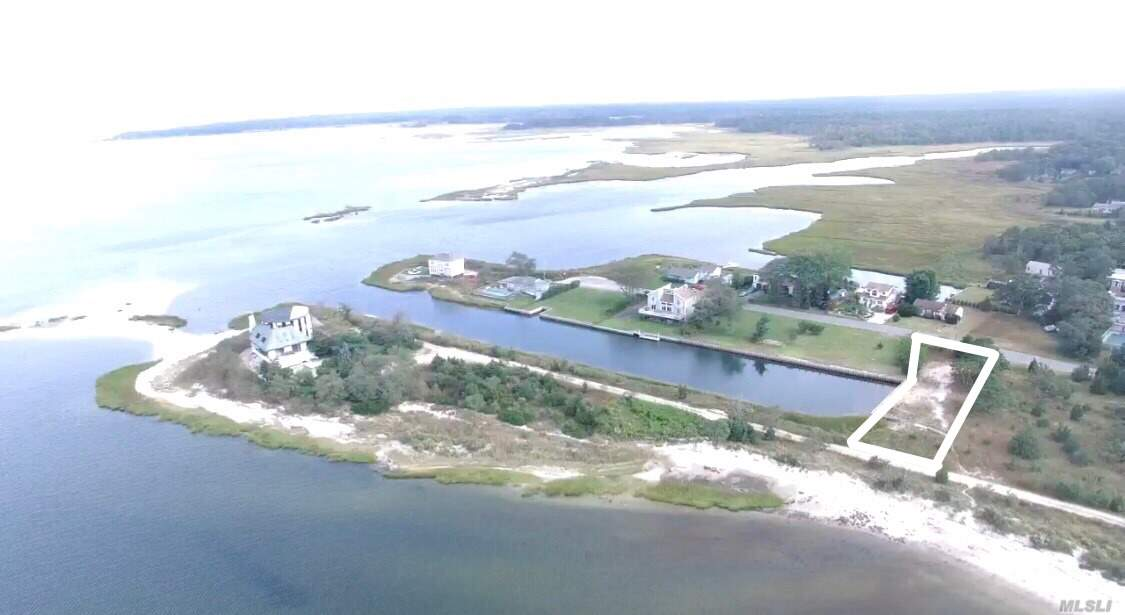 Build Your Dream Home With Everywhere Waterviews. North And South Fork, Robins Island, Sunsets. 100' Bulkheaded Canalfront For Boaters Plus Floating Dock. Allowable Home On Pilings, 1000 Sq Ft 1st Floor And 800' 2nd Floor. Preserved Land On Both Sides Will Ensure Views. Conservation Board Permits, Possible Zba. Beach Steps Away. Don't Miss This Opportunity. One Of Last Of Its Kind!