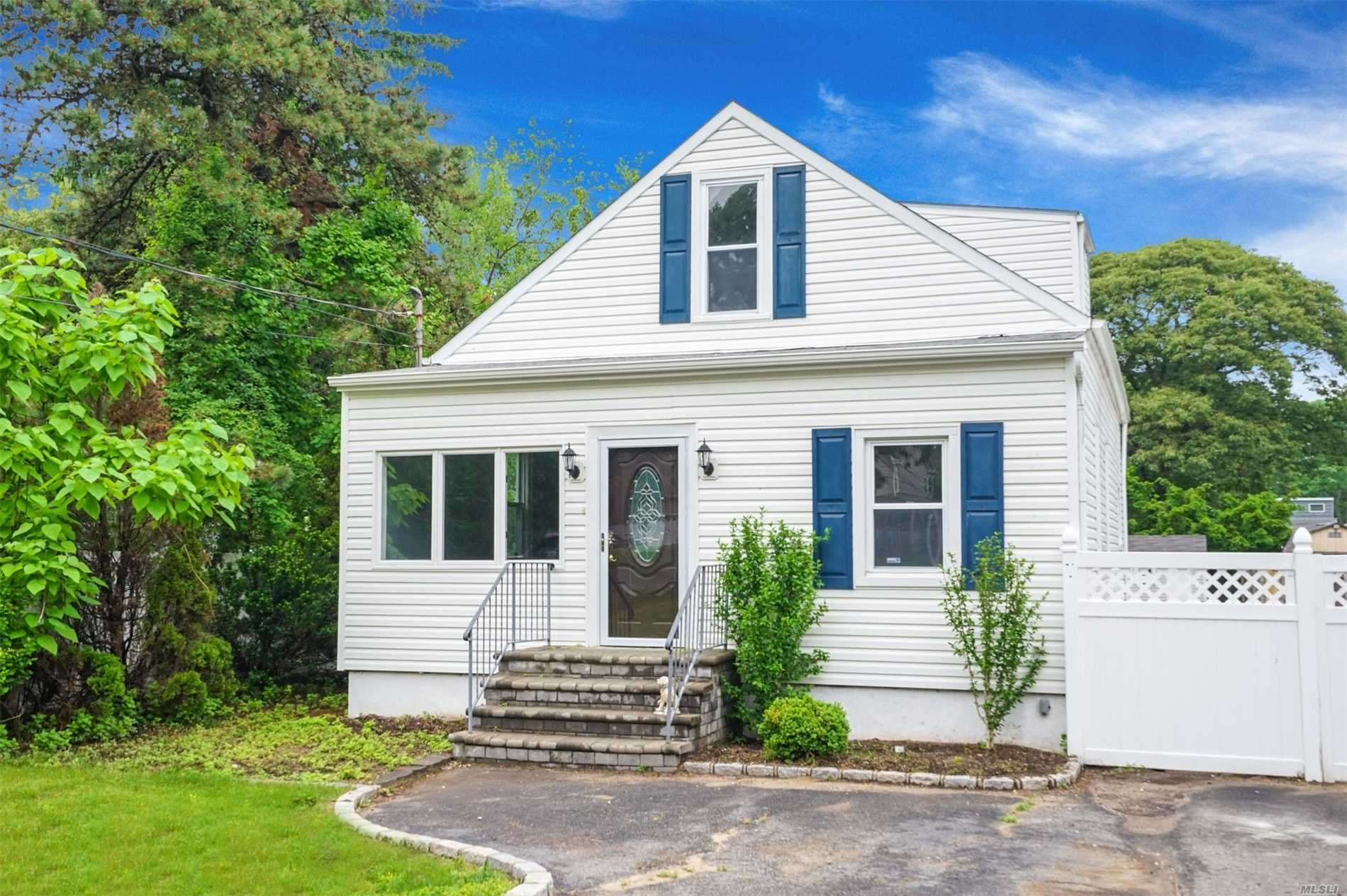 Completely Renovated, Open Concept Home!This Home Will Wow You From The Moment You Walk In. Brand New Hardwood Floors Thru-Out 1st Floor. Open Lr/Dr/ Kitchen, Great For Entertaining! White Cabinets, Granite Counters & New Ss Appl, The Fbth & 2 Br's Complete 1st Floor. Upstairs Find Your Mstr Suite W/Lg Br, New Mstr Bath & Laundry, Wic, New Carpet. Crown Moldings, Hi-Hats Thru-Out, New Wood Floors, New Baseboards, New Hw Heater, 200 Amp Elec, Lg Deck, Flat Fenced Prop, Low Taxes, Dead End Street