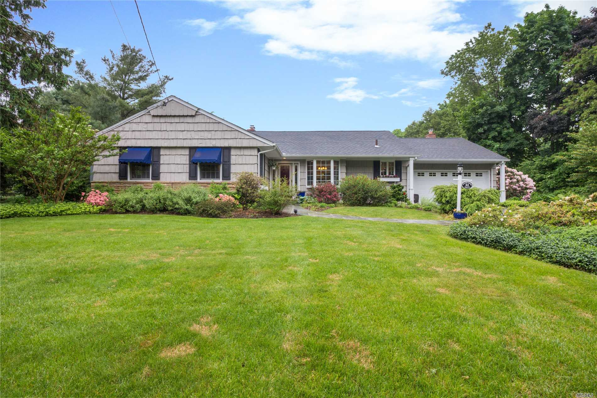 Gorgeous Ranch-1 Flat Acre-W/ Custom Wood Work- French Doors/Large Window Walls From Family Room, 2 Fireplaces, Dining Room, And Master Br To Flag Stone Patio To Meticulous Landscaped Country Club Flat Back Yard W Ig Heated Pool-Amazing Harborfields Opportunity!