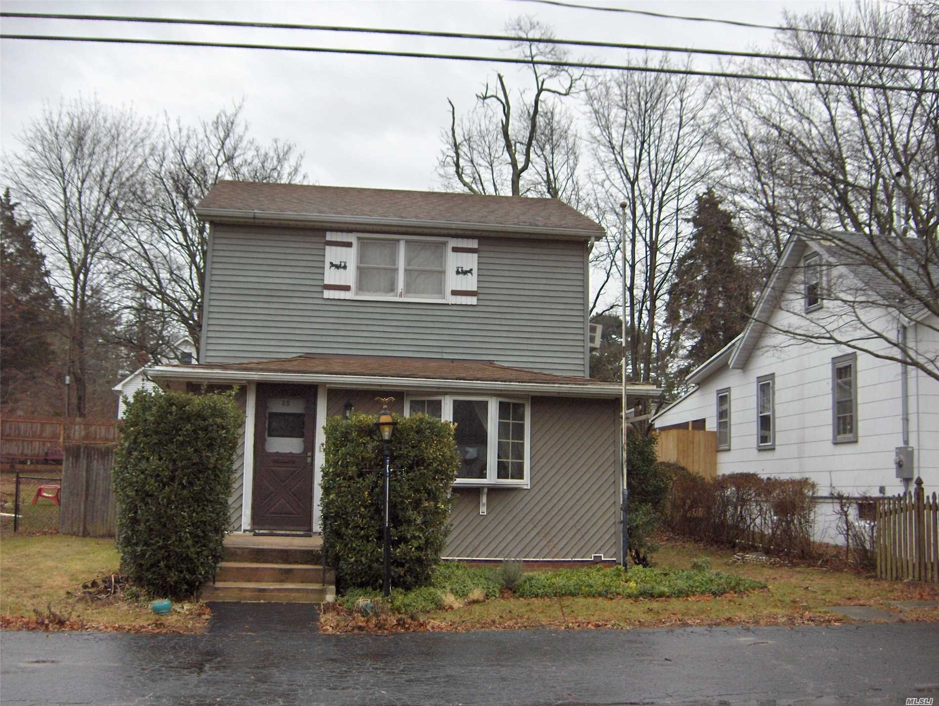 Charming Colonial On A Quiet Street One Block From The Beach. Perfect As A Starter Home Or For Someone Downsizing. Fully Sided, Newer Roof, Hardwood Floors, Huge Bedroom Can Be Divided Into Two, Full Basement W Outside Entrance. Detached Workshop (20X20).