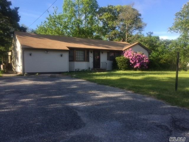 This Is A Fannie Mae Homepath Property. Ranch Style Property With Great Living Room Perfect For Entertaining! Great Size Bedrooms, Kitchen And Full Bath! Property Is Located Close To Expressway! Wont Last!