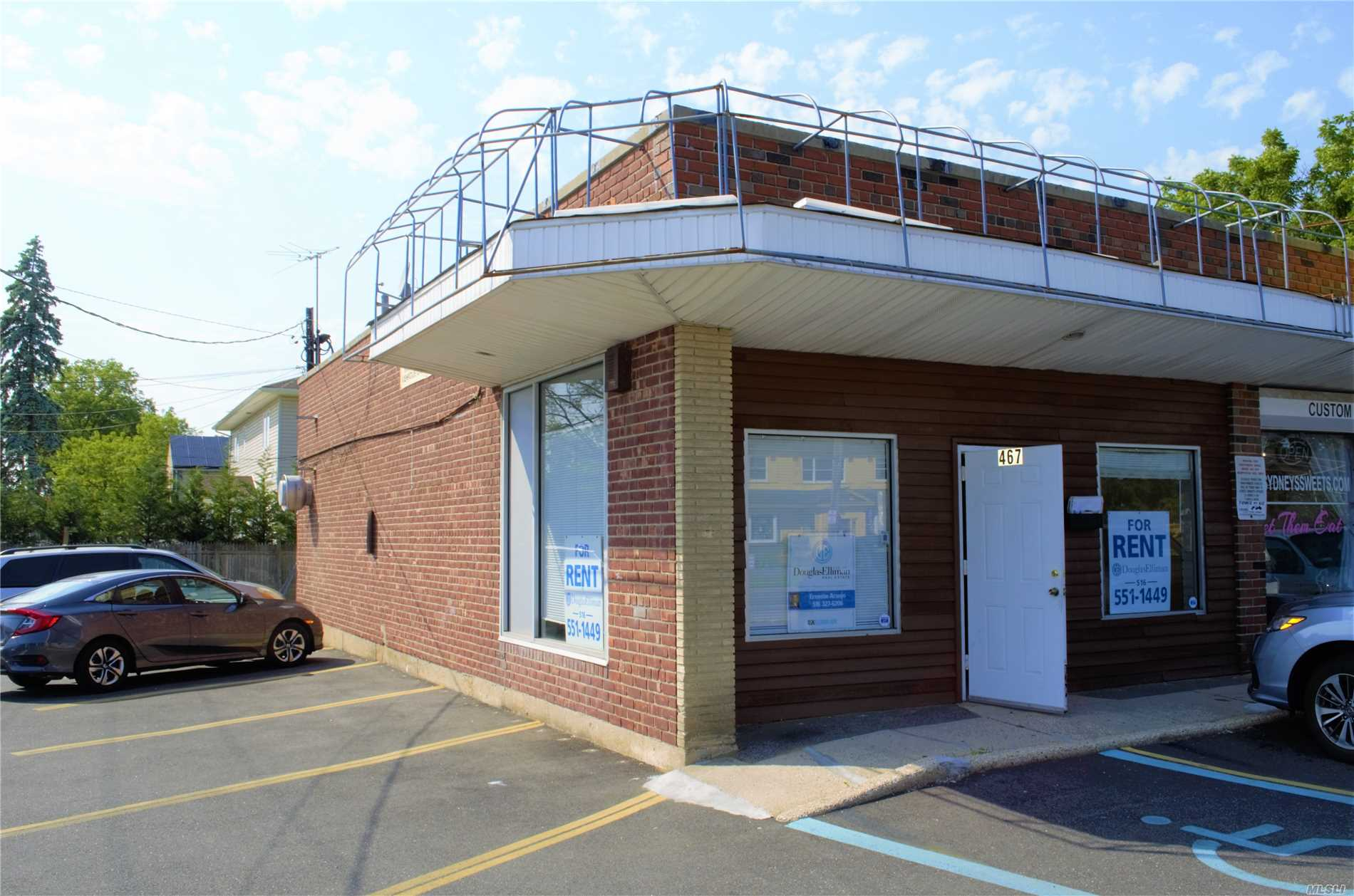 Store Front. Office Space. About 1, 000 Square Feet Of Space. Very Visible Corner Of Hempstead Avenue. High Ceiling. 1/2 A Bath. Central Air Conditioning. Tenant Pays All Utilities. About 14 Spaces For Customers/Clients/Employees. Close To All.