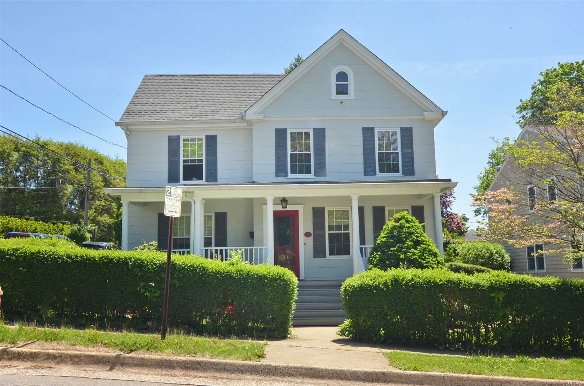 Charming Victorian With Rocking Chair Front Porch And View Of Manhasset Bay. Lovely Deck And Lanscaped Yard With Inground Sprinklers. Quiet Street. Convenient To Town, Trains And Town Dock.