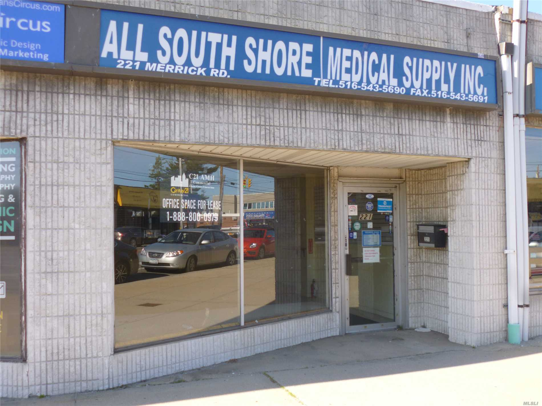 Excellent Retail/Office Space In A Strip Of Small Stores.The Store Is Perfect For An Office/Medical Office & Is In The Immediate Vicinity Of South Nassau Hospital. The Rear Door Leads To The Parking Lot Which Has 10 Car Shared Parking. There Is Also Plenty Of Street Parking. There Is Separate Exterior Entrance To A Private Basement For Storage. The Store Has Approx. 832 Sq/Ft & The Basement Has Approx. 512 Sq/Ft.