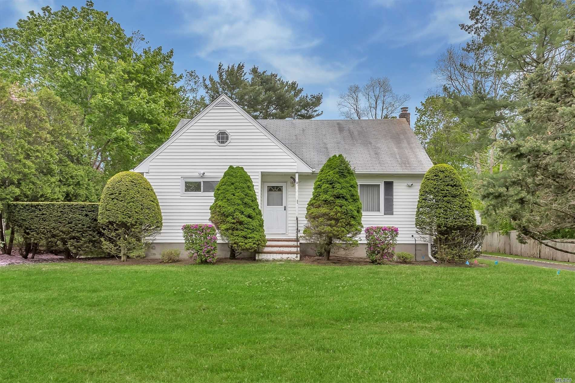 Charming Rear Dormer Cape- Set On Sprawling Nearly Half Acre - Close To Shopping And Handicap Accessible. Detached Garagetaxes W.Star $9381.71
