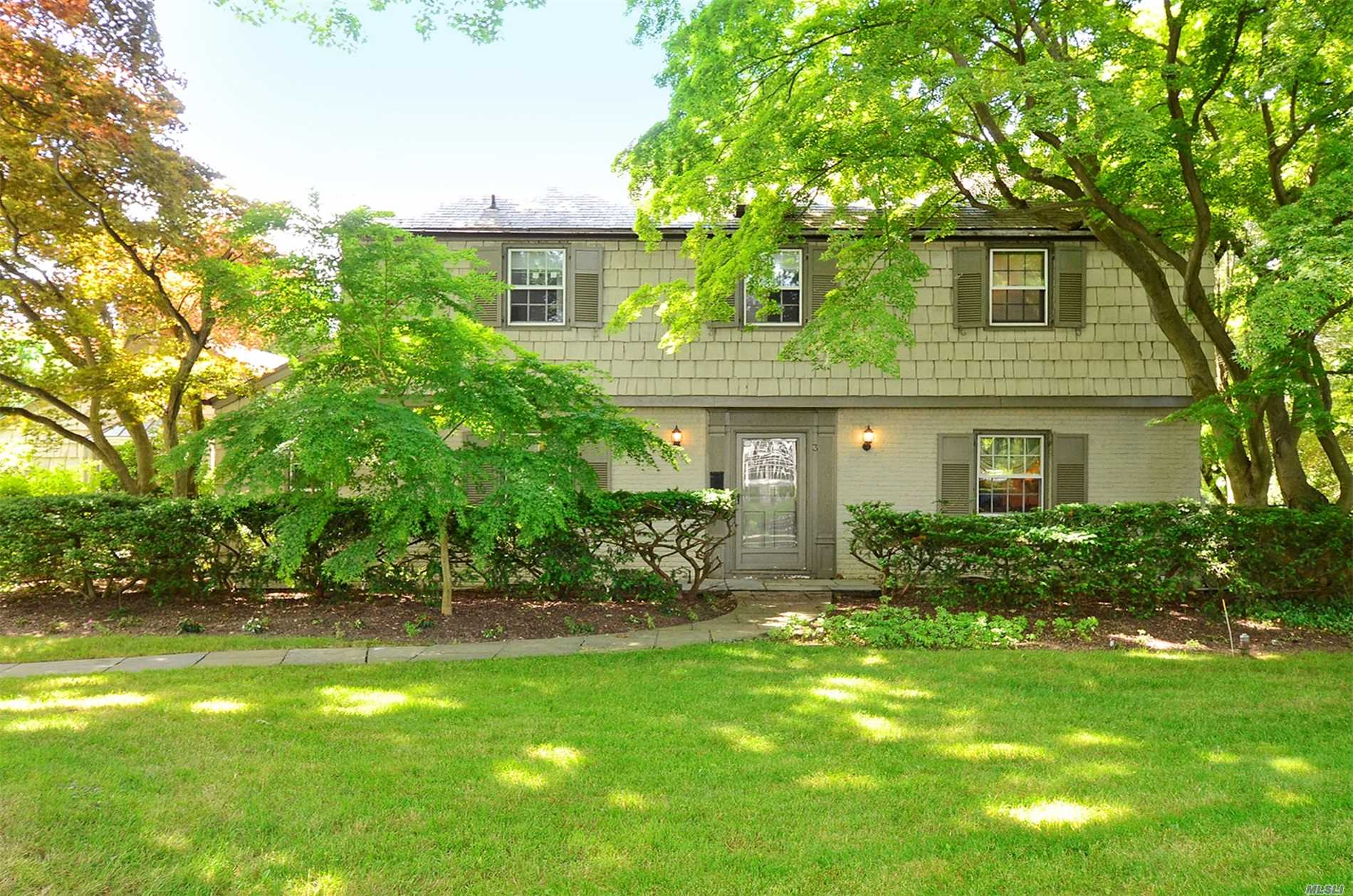 Elegant (Walter Uhl ) Colonial Nestled In A Private Cul-De-Sac In Flower Hill. .57 Of An Acre Of Park-Like Property With Gunite Pool. 4 Bedroom, 3.5 Bath. Charming Throughout. Salem Elementary. Two Separate Lots.