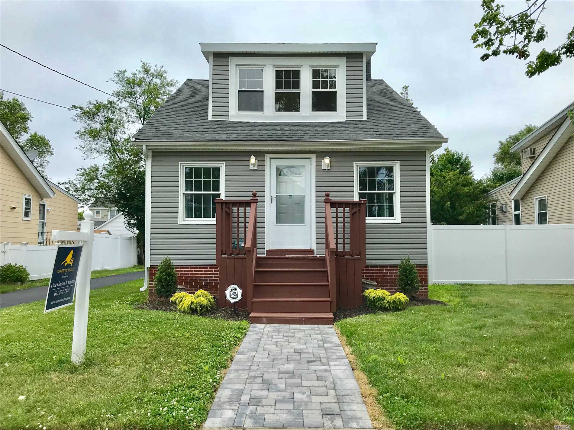 Just Renovated! This 3 Bedroom 1 Bath Renovated Colonial Proudly Features New Kitchen Features Stainless Steel Appliances. Spacious Living Room And Dining Room , Hardwood Floors Throughout, Basement And Det 1 Car Garage. Close To All! Turn Key Ready!