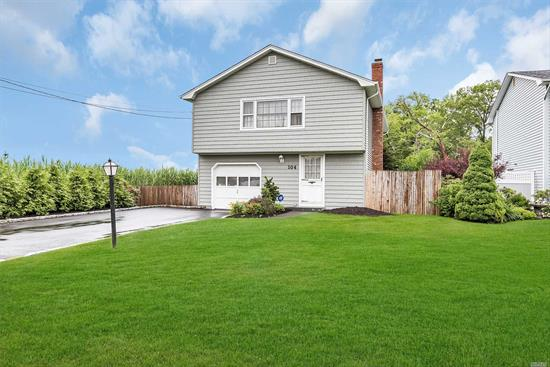 This Home Is South Of Montauk In The Desirable Idle Hour Community. Great Curb Appeal On A Dead End Street With No Home To The Left. Possible M/D W/Proper Permits. New Roof And Siding. Inside Needs Updating. Wood Flrs Upstairs, 4 Brms, 1.5 Bths, 1 Car Garage. Alarm System. Seller Wants To Hear All Offers. Enjoy I.H.T.A. Beach Club For A Fee.