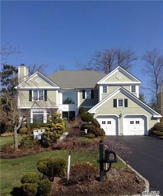 Outstanding School District Manhasset. Property Is In Excellence Condition And In A 24 Hours Secure Gated And Beautiful Community Which Has Tennis Court, Indoor And Outdoor Swimming Pool, Business Lounge, Gym Club, Children Place And Outdoor Activity Space. Transportation To Manhattan Is Convenient, Lirr Around 33 Minutes. House Can Be Occupied At The End Of July.