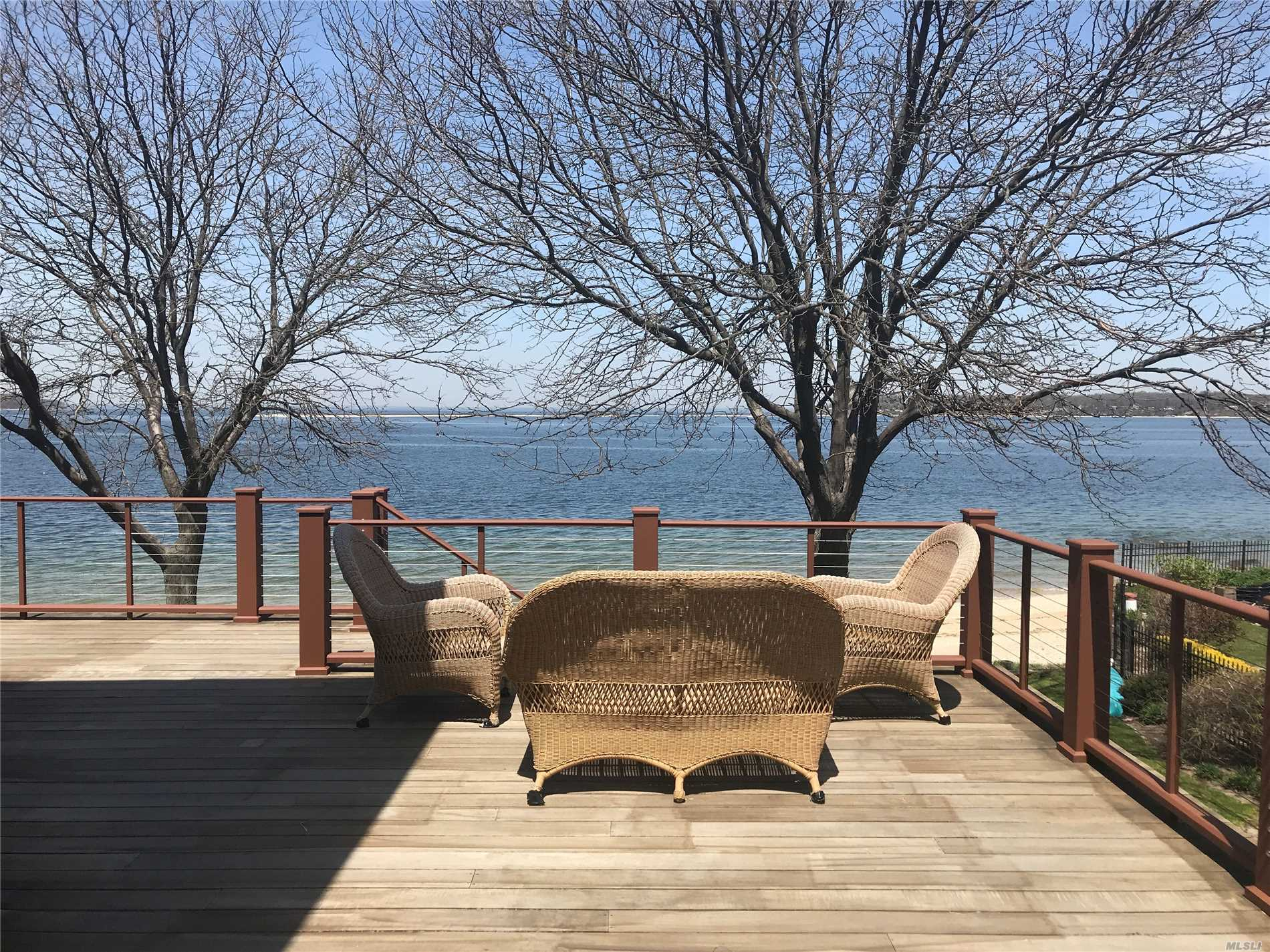 Location! Location!! Sophisticated Beach House. Spectacular 300 Feet Of Waterfront. In-Ground Pool And Cabana, Hot Tub. Dead-Mans Bulkhead. Wrap-Around Deck, Floor To Ceiling Windows. Panoramic Water Views Of Lloyd Neck, Asharoken And Connecticut!
