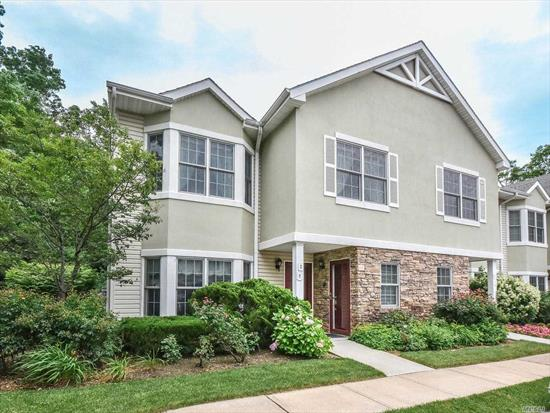 Gated Community 55+ Located In The Heart Of Port Washington. 2nd Fl End Unit Offers Extra Windows, Skylites & Vaulted Ceilings, Sun Filled & Airy Exposure. Open Fl Plan: Lr, Dr, Office/Dining Alcove, Kitchen W/Top Of Line Appliances, Master Ensuite, Guest Br, Full Bth, Terrace & All Beautiful Hw Fls. Clubhouse, Indoor Heated Pool, Hot Tub, Gym, Sauna, Library, Meeting Rm, W/Catering Ktn, 2 Tennis Courts, Jitney Service. Very Active Community W/Many Activities & Social Clubs. 32 Min From Manhattan.