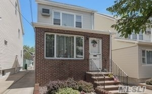 Great Detached 1 Family Home In Maspeth. 1st Fl-Eik, Livingroom, Formal Diningroom. 2nd Fl Has 3 Bedrooms And 1 Full Bath. 3rd Floor Has Attic Which Is Finished (Can Be Used As 4th Bedroom), Full Finished Basement, 1 Car Detached Garage, Private Driveway.
