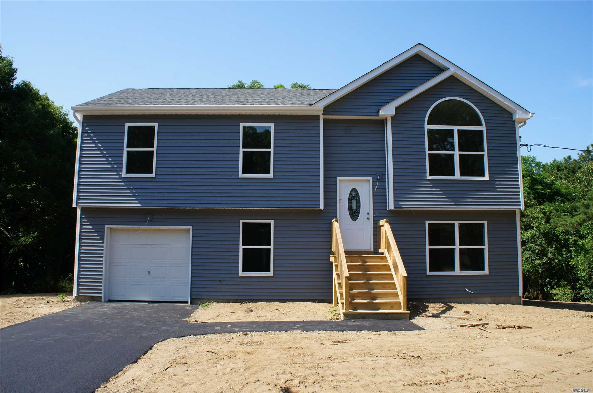 New Hi- Ranch At An Incredible Price! 3 Bedrooms, 2 Full Baths, Hard Wood Floors In The Living Room, Dining Room And Kitchen. Carpet In The Bedrooms. Cac And More! Must See.