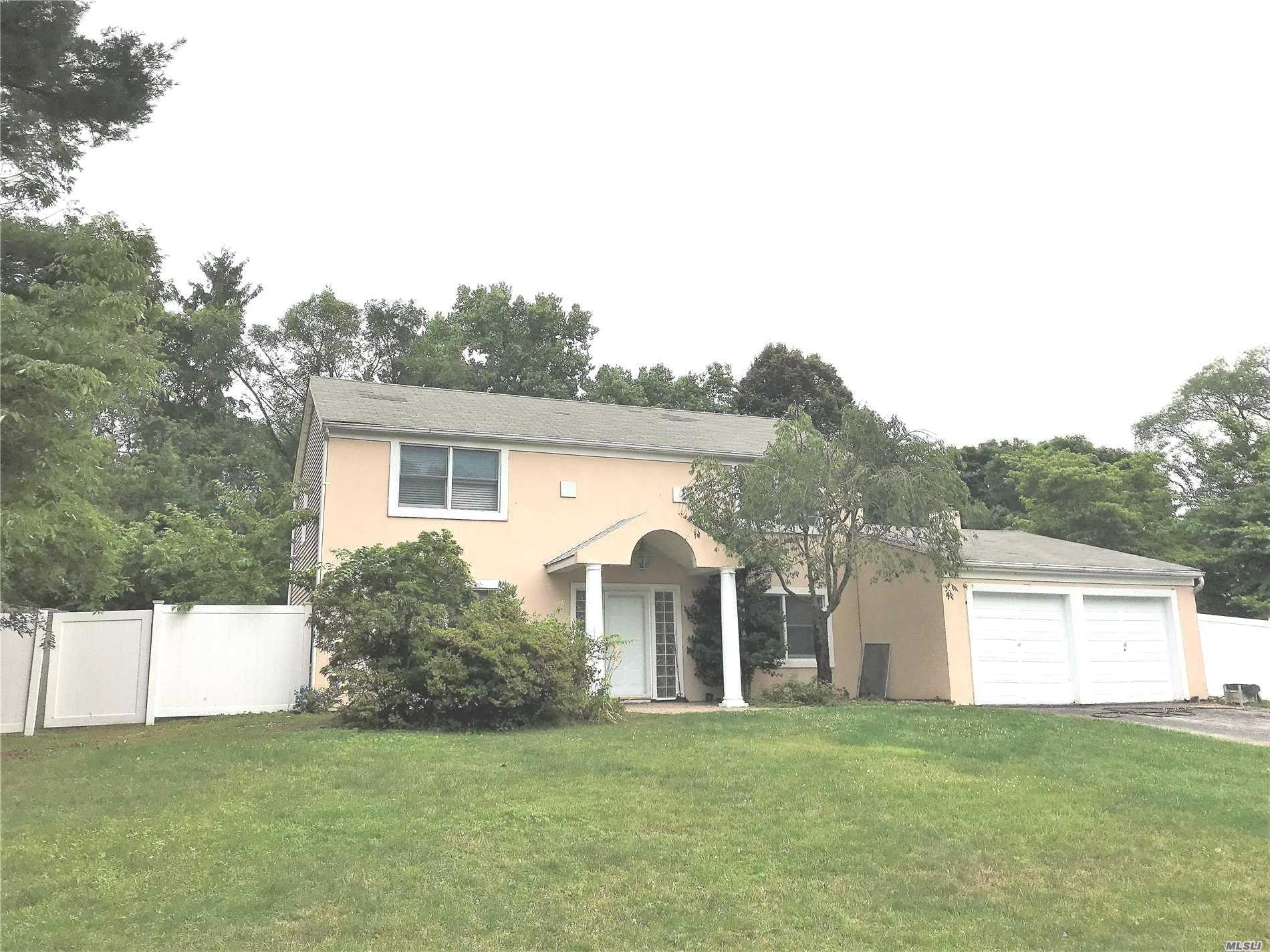 Cambridge Colonial W/Entry Foyer, 2 Full Baths. 1/2 Bath W/New Hardwood Floor Through Whole House, New Kitchen, Granite Count Top, Tile Floor, Eik W/ Stainless Refrig And Dishwasher. Slider To Patio, Formal Lrm, Formal Drm, Laundry Rm, Paver Patio, Ig Pool, 200 Amp Elec., Hot Water Heater, 275 Gal. Above Ground Oil Tank, White Pvc Fenced Property. Working Pool Closed.
