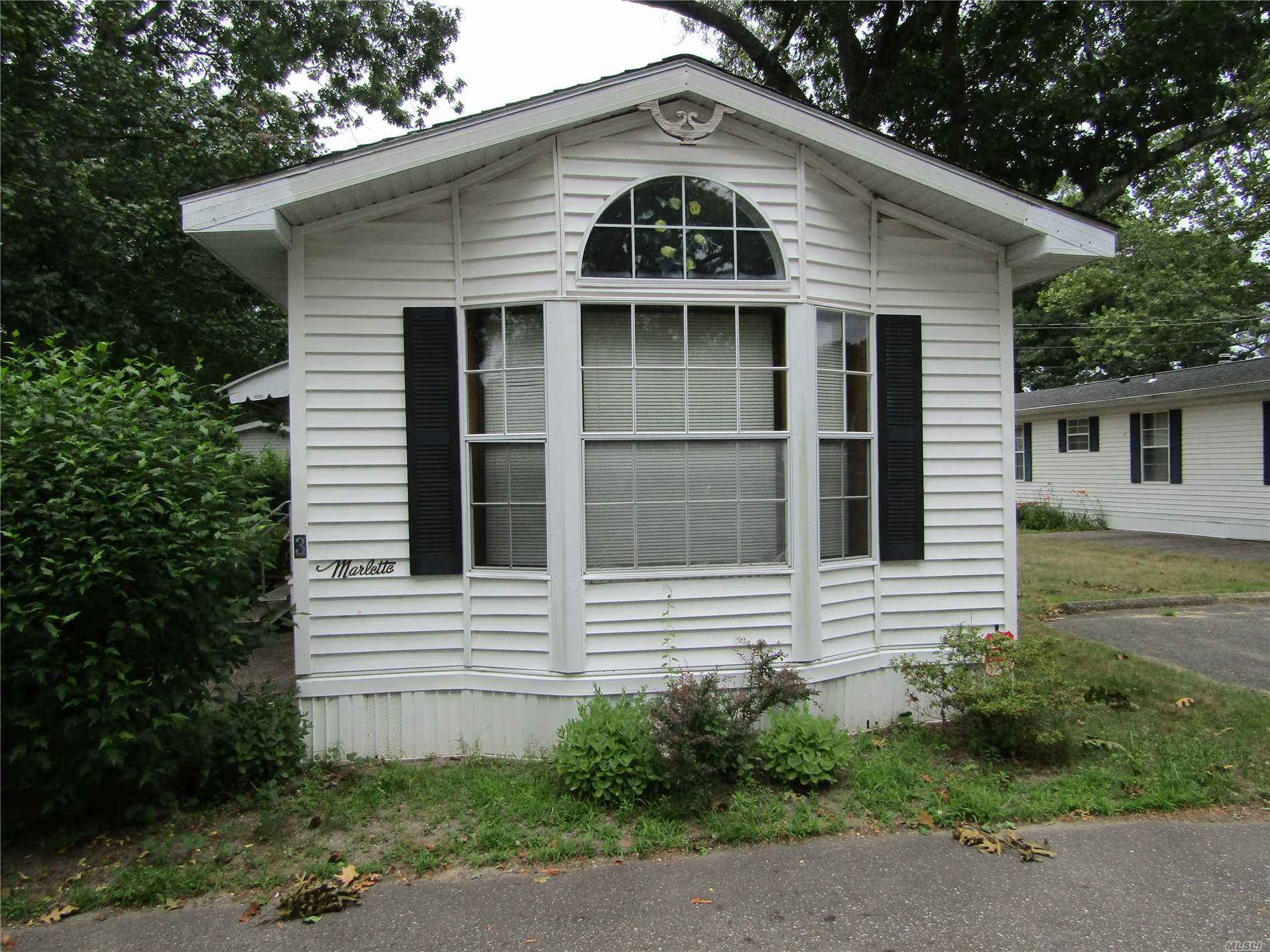 Nice Size 2 Br, 1 Bath Mobile Home. Lot Fee Is $684.27. Cac Not Working, Vinyl Sided, Shed, Lots Of Cabinets In Kitchen, Master Br Has 2 Large Closets.