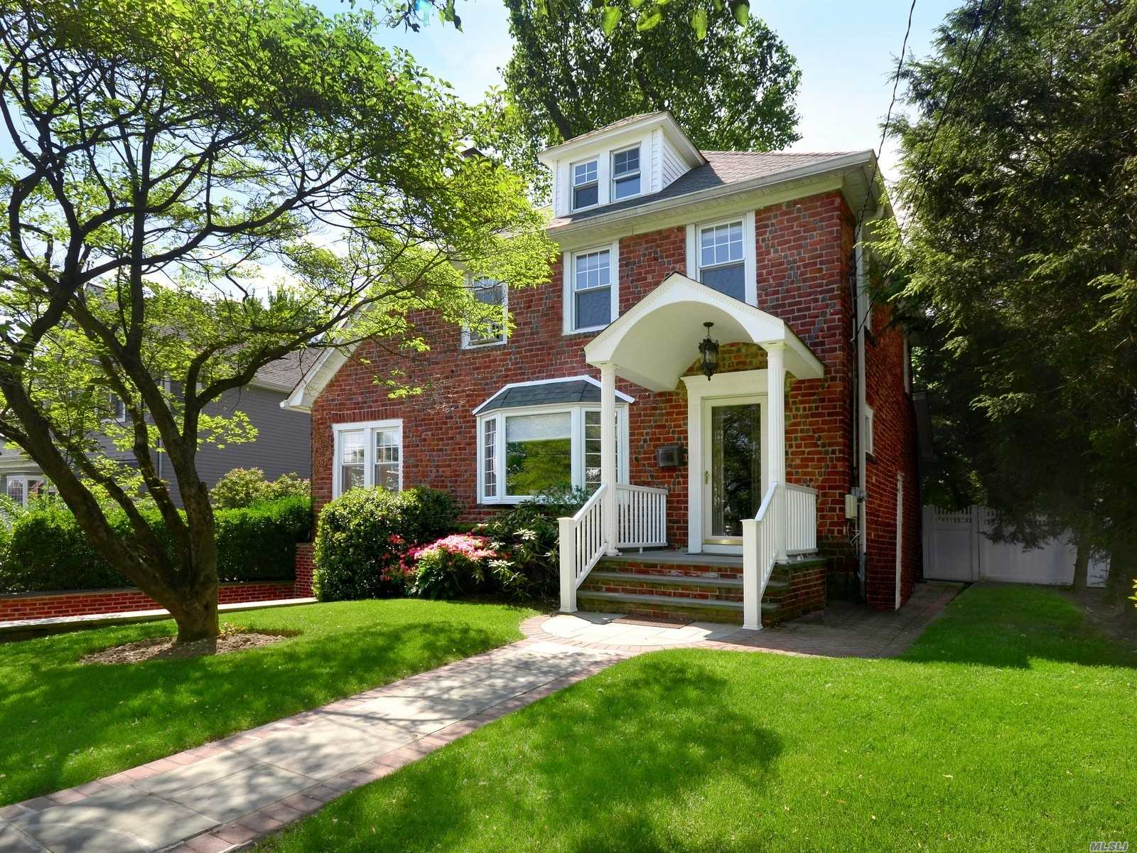 Close To All! Beautiful Brick Colonial With 3Br And 1.5 Bath In Mint Condition. Spacious Entrance Foyer, Bright Lr W/Bay Windows & Fpl, Dr W/Sliders To Deck. Kitchen W/Breakfast Nook. Finished Basement W/Powder Room, Attached Garage. Can Be Delivered Furnished Or Unfurnished. A Trained Pet Considered W/Extra Security. Full Credit Report And Proof Of Funds Required.
