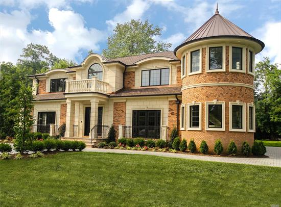 Over 5200 SF Of Luxury Living Space In The Country Club Section Of Roslyn - E. Williston Sd. 2-Story Grand Entry Leads You Into This Spectacular New Construction With 11 Foot Ceilings Radiant Heated Floors, Lvrm, Dining Rm, Chef's Kitchen, Den, All Ensuite Bdrms, Smart Home Technology, Generator/ Tesla Electric Car-Ready, 2-Car Garage, Gas Heating,  Large Master Suite With 400 Sf Balcony, Wheatley Schools And Many More Amenities--Too Many To List.