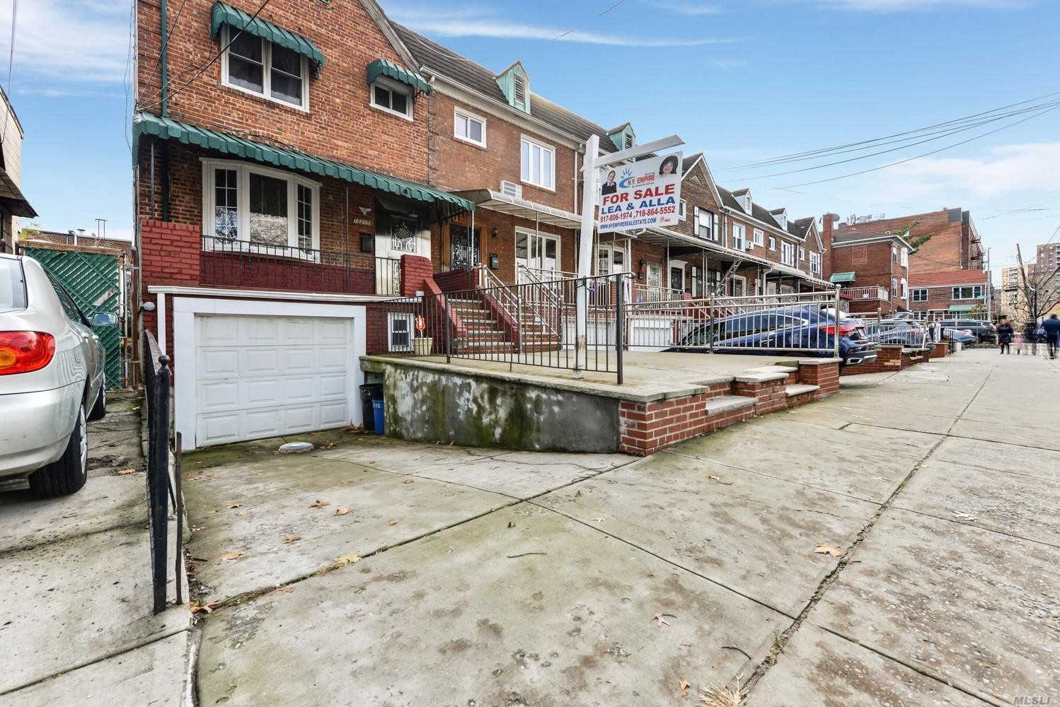 Fully Renovated Semidetached Brick House With 3 Bed 2 Bath Central Air, European Kitchen Stainless Steal Appliances, Full Finished Basement With Separate Entrance Front Garage Backyard, Steps To Q.B. Trains , Buses Malls, Schools. Etc.....