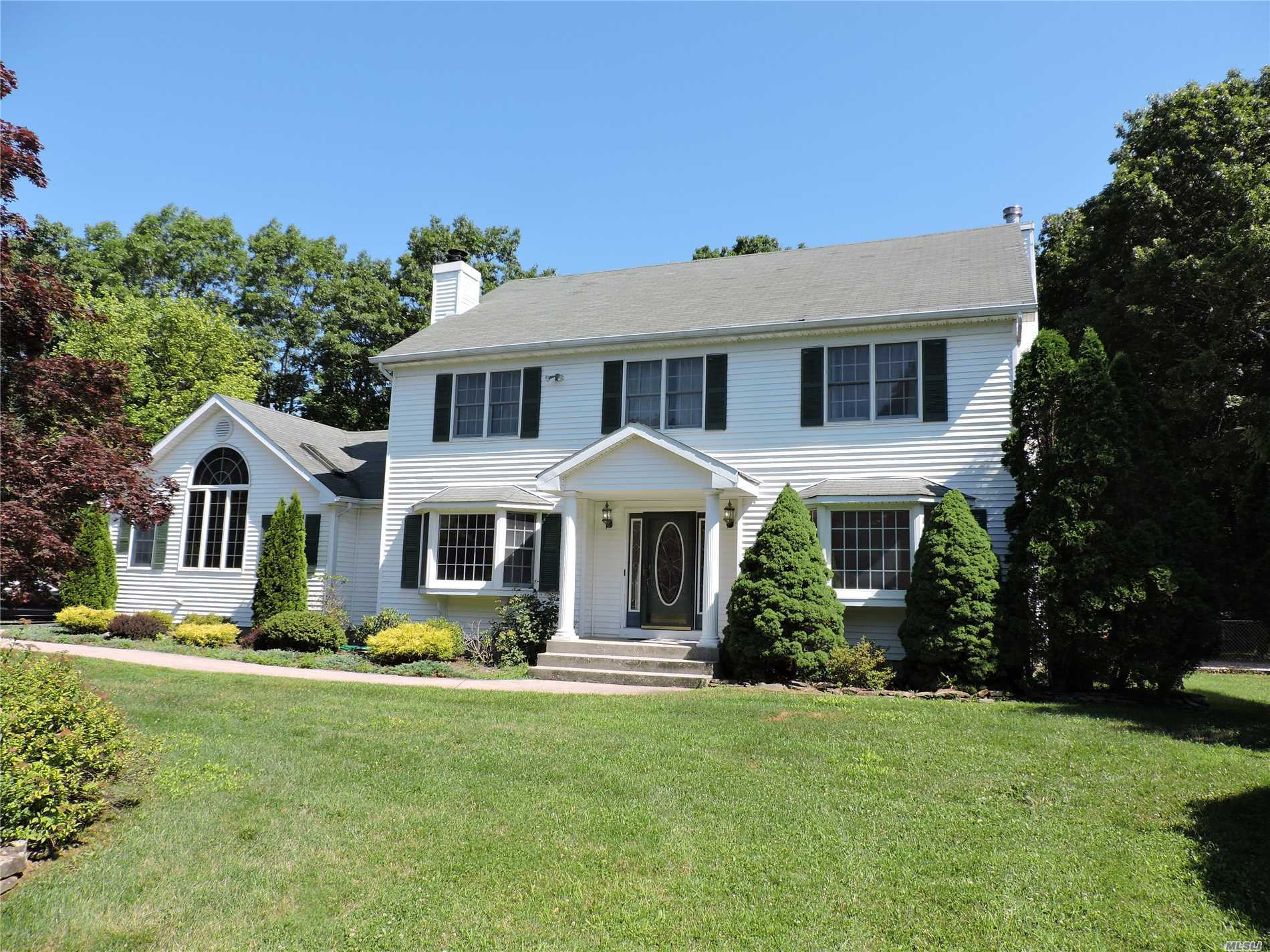 Fabulous 3200 Sq Ft Executive Colonial In Desirable Oak Hills Estates. All Updated With Large Rooms. Huge Master Suite W/ Full Bath, Great Room With Fireplace & Den With Fireplace. Hardwood Floors Through Out, Finished Basement With Playroom & Office. Large Private Fenced Yard. Pool Covered With Loop Lock Cover