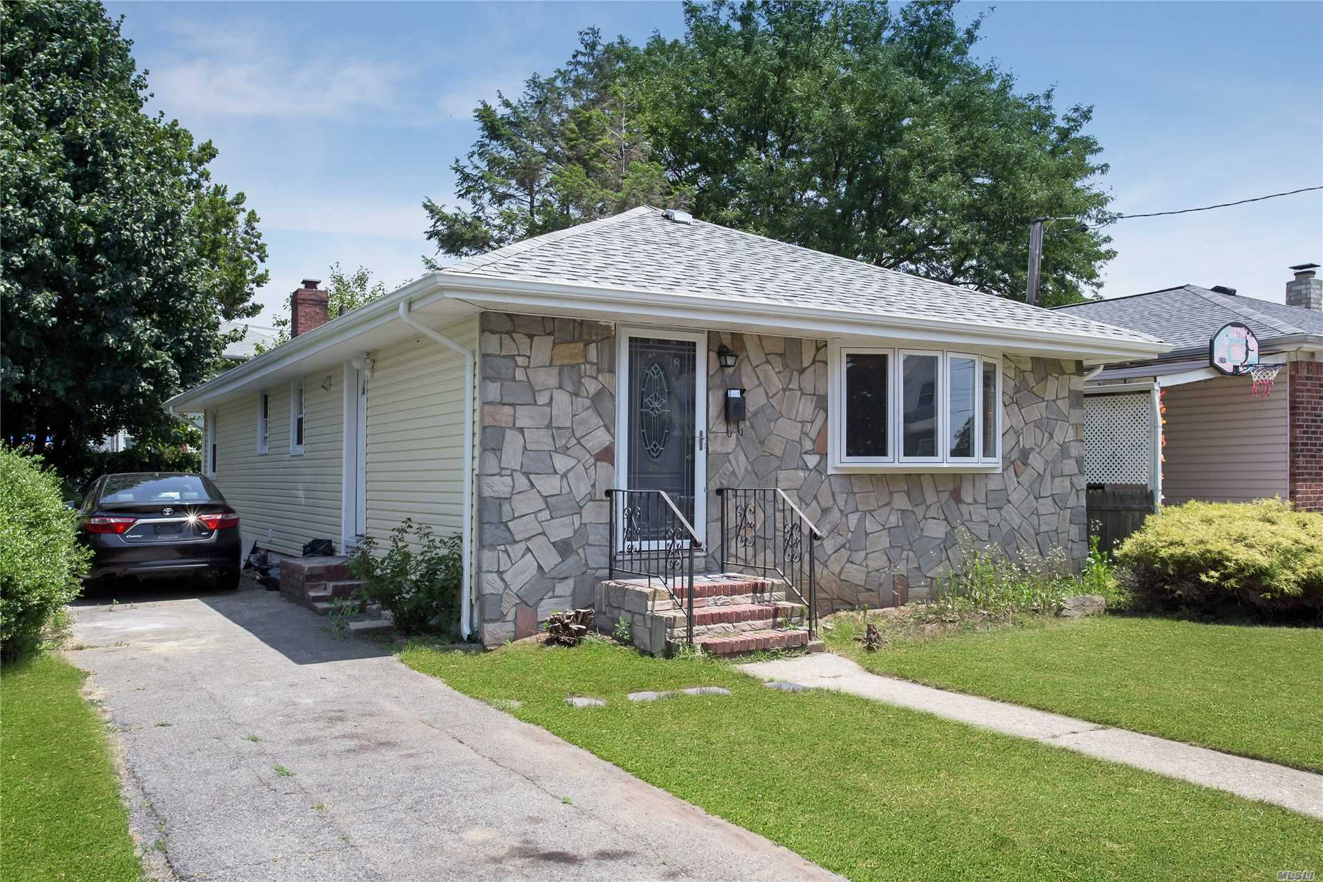 Recently Renovated Ranch Featuring 3 Beds, 2 Full Baths (1) Whirlpool Tub. New Hardwood Floors. Led High Hats Throughout. Energy Efficient Gas Converted Furnace. Upgraded Electrical 200 Amp . All New Windows. Full Finished Basement W/ Ose. Not A Flip, No Cheap Materials Here.