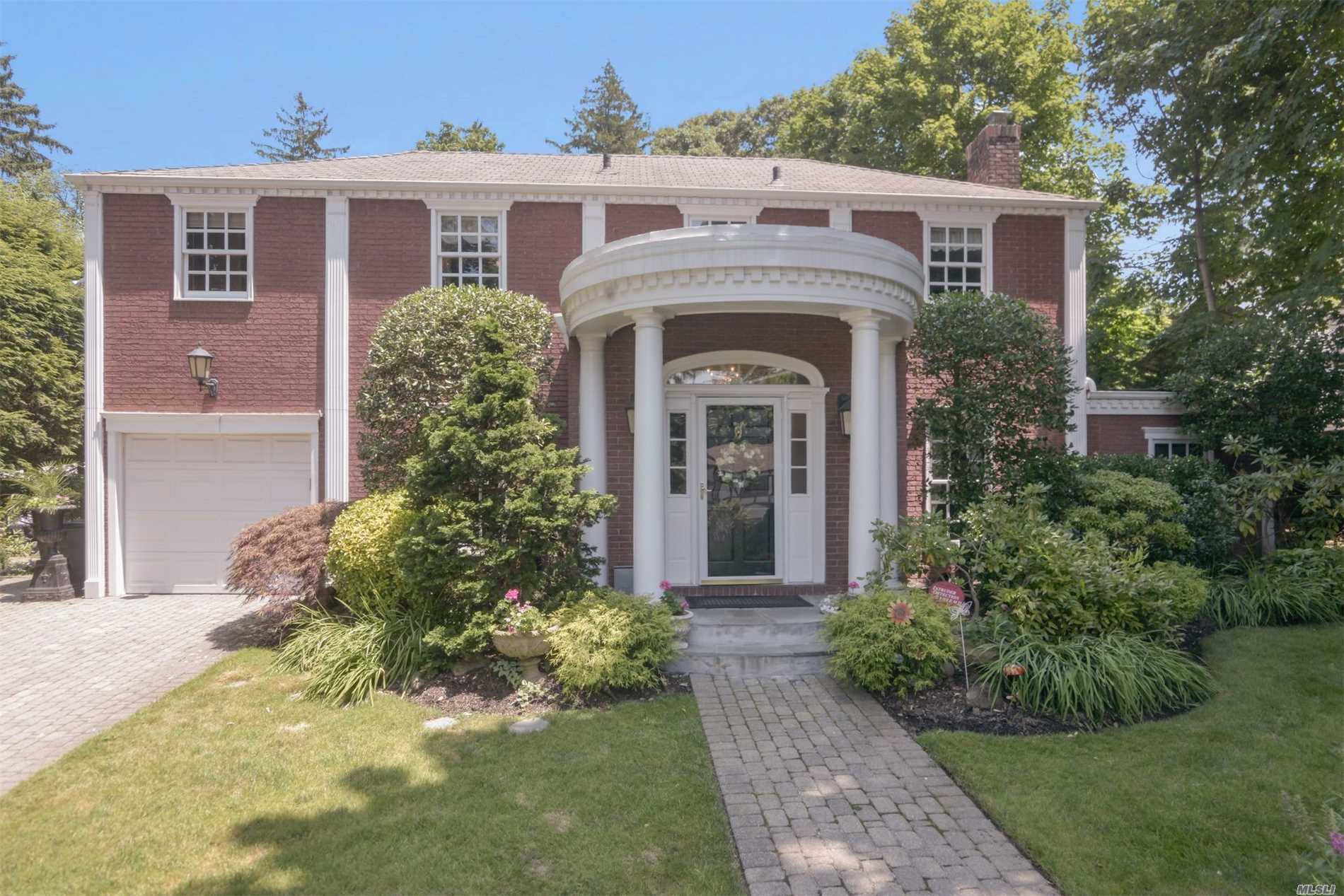 Brick/Stucco Colonial Set On Flat Property. Enjoy An Open Kitchen With Sunlit Exposure And Views To Spacious, Gorgeous Garden Lawn, Brick Outdoor Patio, Property Offers Plenty Of Space For Indoor And Outdoor Entertainment. Taxes Have Been Grieved And Have Been Reduced For 2018/2019 And 2019/2020
