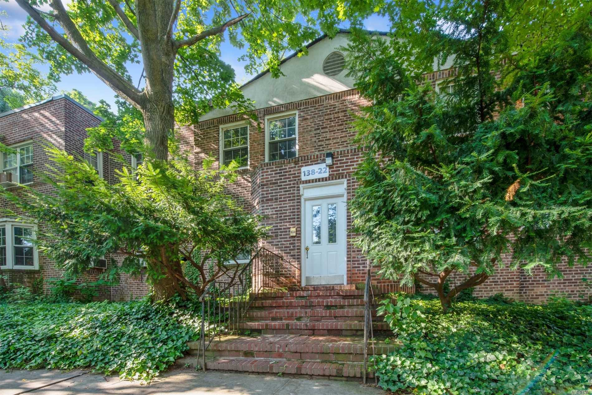 Kew Gardens Hills Beautiful 2 Bedroom Co-Op Updated Kitchen With New Appliances Recently Renovated Bathroom With Washer & Dryer. A Real Winner Many Extras! Must See.