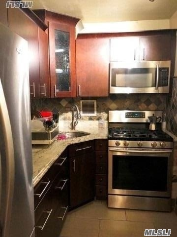 Beautiful Bright And Sunny 1 Bed Apartment On A High Floor With City Views (# 12F) !!! Efficiency Kitchen, Full Bath, Large Living Room/Dining Area And 1 Large Bedroom.. Full Updated Bath, And Generous Closets. 24 Hr. Doorman, In-House Gym, Laundry Room, Pool, And Much More! Close To Ground Transportation, Shops And Major Highways. Parking Waitlist.
