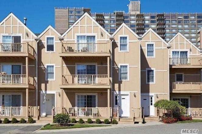 Amazing 3 Bedroom, 2.5 Bath On Premier Waterfront, 24 Hr Gated Community. This Completely Renovated Unit Features Living Room, Formal Dining Room, Updated Kitchen, Master Bedroom With Walk- In Closet, 2 Additional Bedrooms, 2.5 Baths, Terrace With Water View, Full Furnished Basement & 2 Parking Spaces. A Must See!