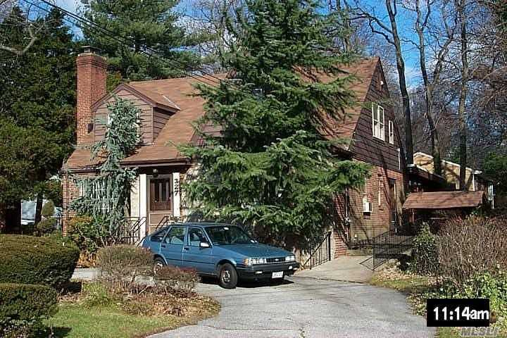 This Hidden Gem Is Centrally Located In West Hempstead, Its Walking Distance To All, 4 Bedrooms, 3 Full Baths, Charming Lr W/Fireplace, Eik, Fabulous Huge Rear Fdr-Den Combo, 75X170 Property Circular Driveway Plus Long Driveway To, Two Car Garage , Rear Room Has 5 Year Old Custom Wood Windows. *Note House Is Handicap Accessible . . ..