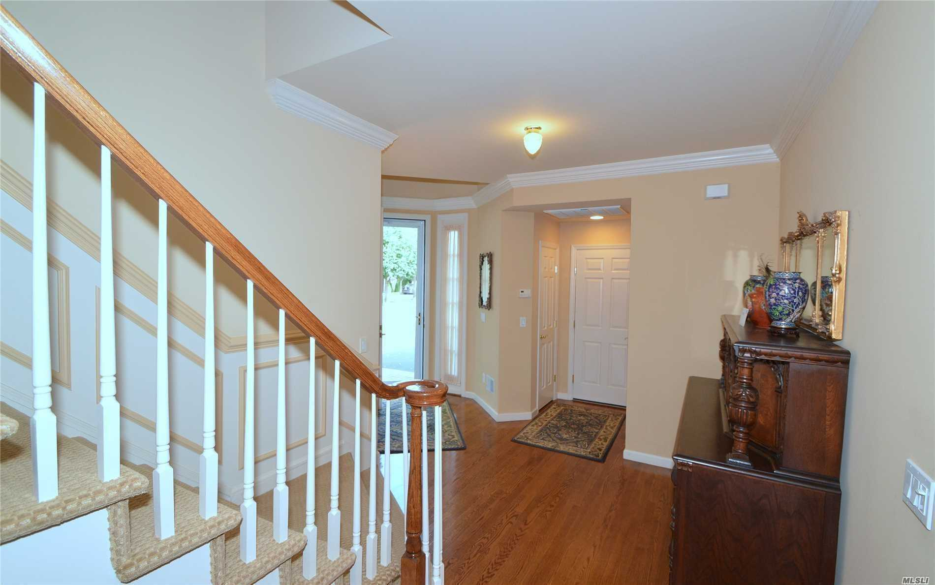 Live The Dream! Desirable Mirasol With Full Basement! Absolutely Beautiful End Unit With Gleaming Hardwood Floors, Custom Granite Kitchen, Detail Moldings Throughout. New A/C Compressor, Electric Awning, Custom Closets, New Hot Water Tank, Low Taxes, In A True Country Club Setting!