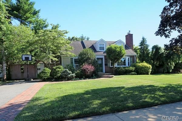 Expanded Cape In The Heart Of Briarcliff. Beautiful Home Located On A Professionallly Landscaped Property. Private And Inviting. Lr With Fp, Eik Open To Den And Dining Area With Sliders To Private Deck And Patio. This House Is An Entertainer's Delight! 4 Bedrooms And 2 Baths; Full Basement; Igs, Gas Cooking And Heat; Merrick Avenue Middle School, Calhoun Hs. Sellers Motivated!!!