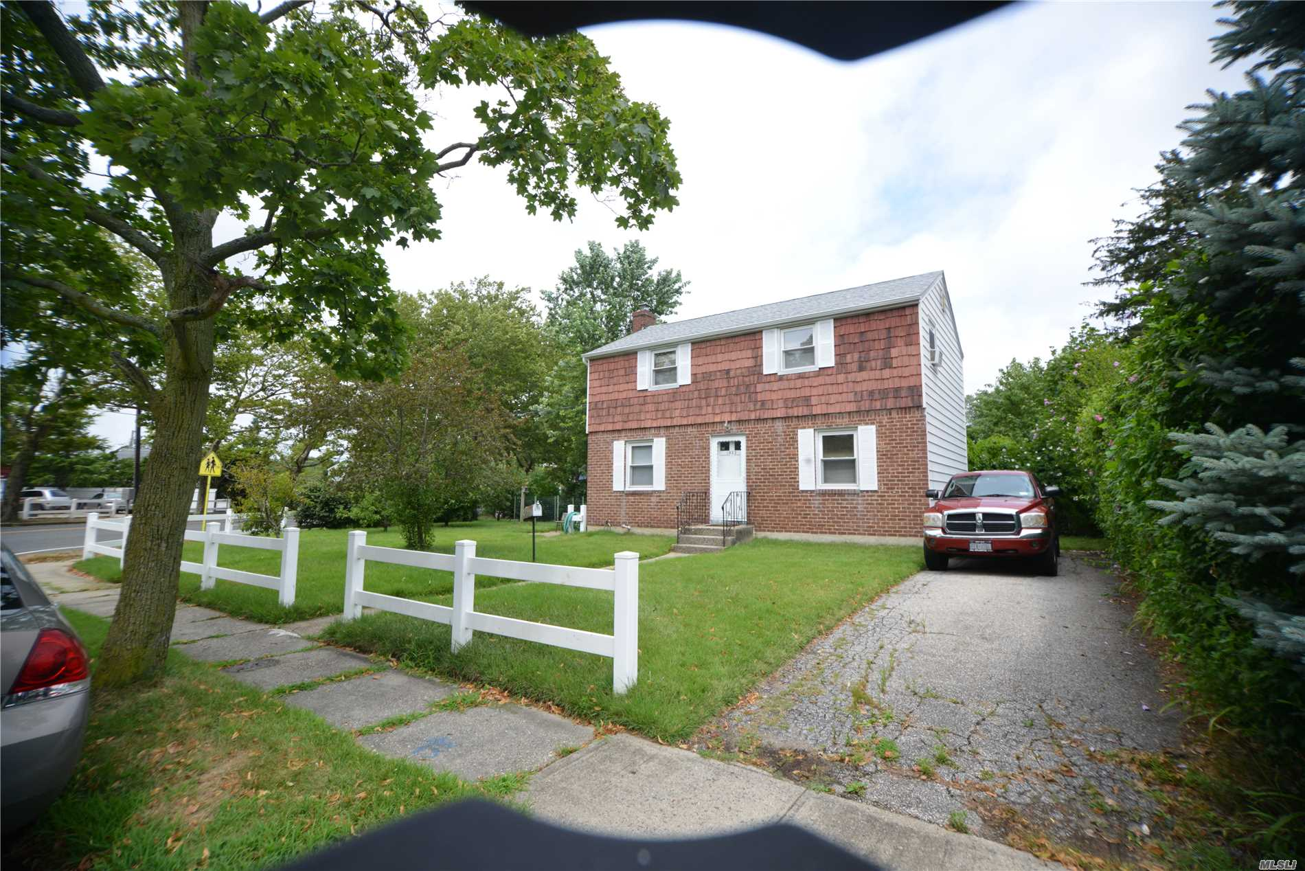 Corner Colonial, W/ Low Taxes, Upg Electric, 150 Amp, Sd#4, Roof 6Yrs Young, Taxes W/ Star 7, 435! Close To All