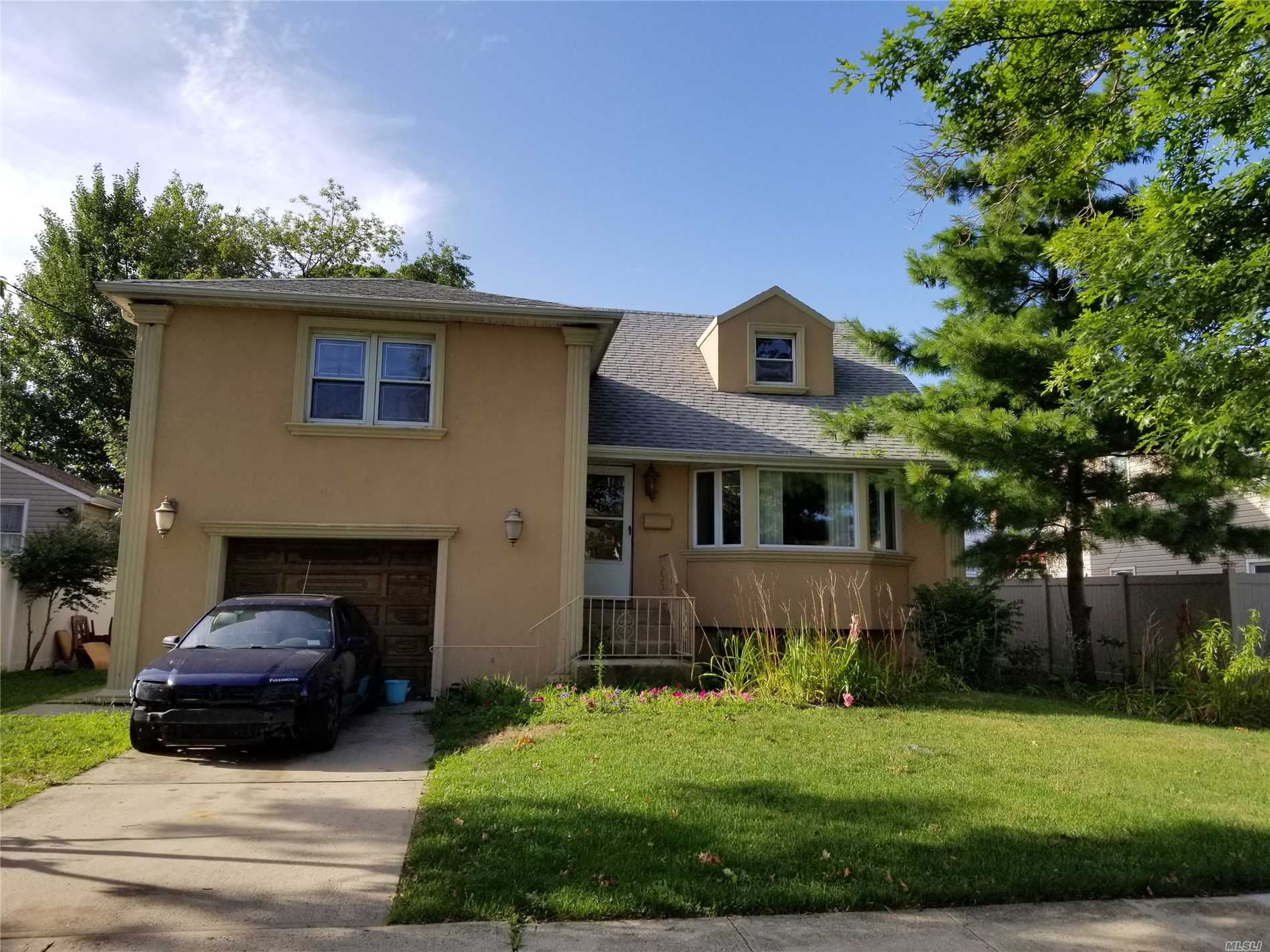 Home Is Located In A Nice Residential Area, And Has Great Potential. Home Was Never Remediated After Sandy. Roof Is Leaking, Visible Black Mold. Home Needs Renovating And Updating, Bring Your Idea's And Restore This Home To Its Original Beauty!