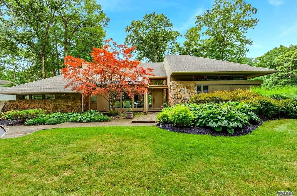 North Dix Hills Beauty!Dramatic Entry Brings The Outside In Via Floor To Ceiling Windows Showcasing The Most Magnificent Country Club Property.Rich Wood Floors Guide You Through Large Rooms Featuring Fabulous Entertaining Areas. New Chef's Kitchen W High End Appliances.2 Master Suites (1 On Main).Upstairs Master Boasts New Luxury Bathroom, Huge Closets & Deck Overlooking Your Own Private Resort W Gunite Pool, Cabana & Sports Court.Half Hollow Hills West