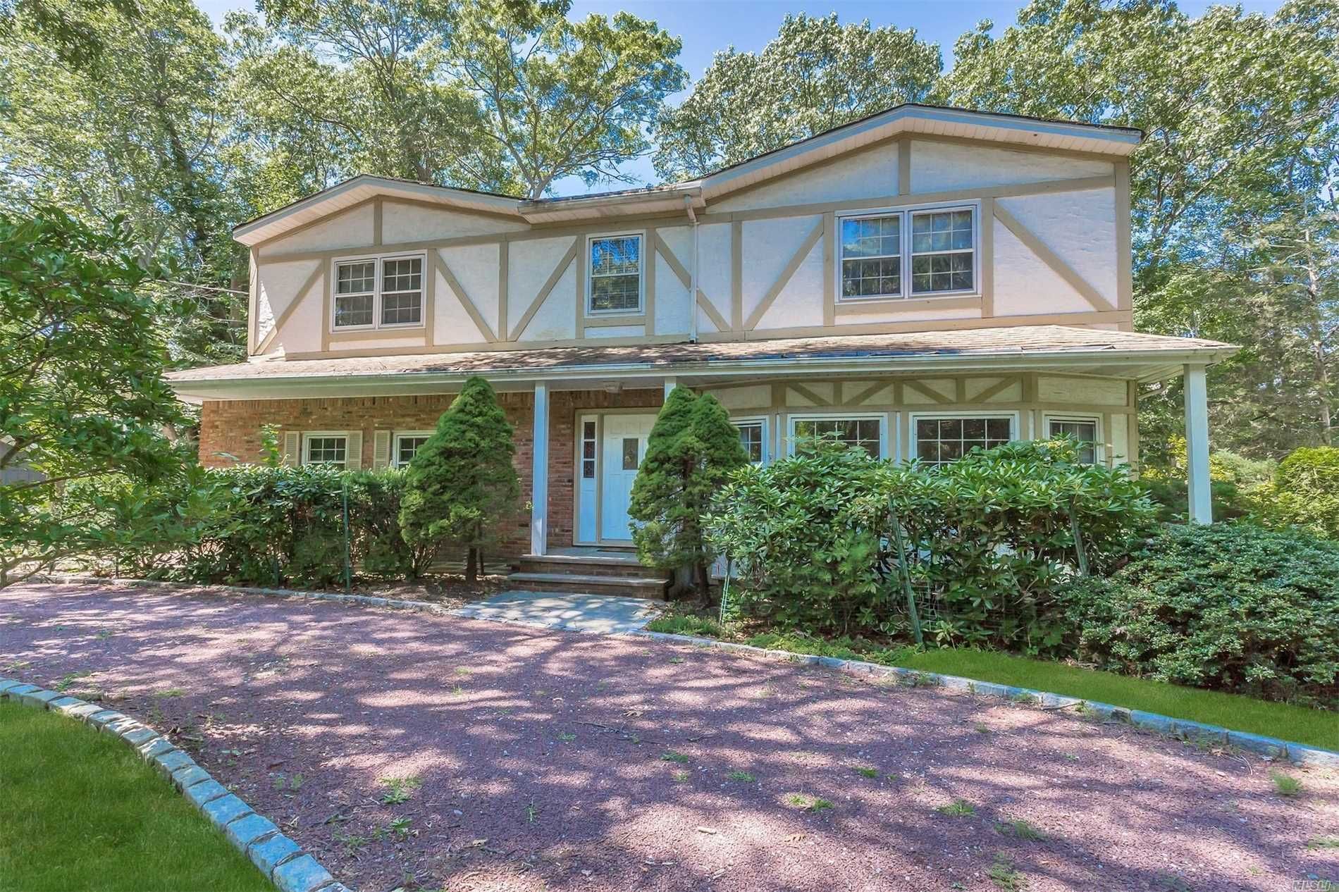 Lovely Center Hall Colonial Located In Million Dollar Area!~ 4 Large Bedrooms With Possible 5th Bedroom, Hw Floors,  Cac, 2 Car Attached Garage, Circular Driveway, Ig Pool. Must See!!~