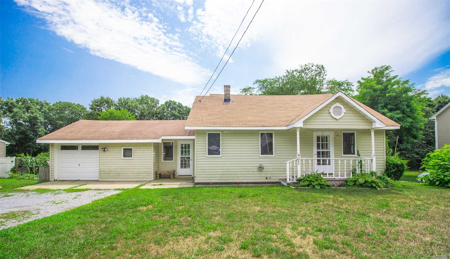 Adorable 3 Bedroom 1 Full Bath Features Eat In Kitchen, Formal Dine, Living Rm, Den, 2 Bedrooms On The Main Flr And 1 Huge Bedroom On The 2nd Floor. Also Features Full Basement And 1 Car Garage. Situated On .68 Of An Acre!. A Little Tlc Needed So So Worth It!