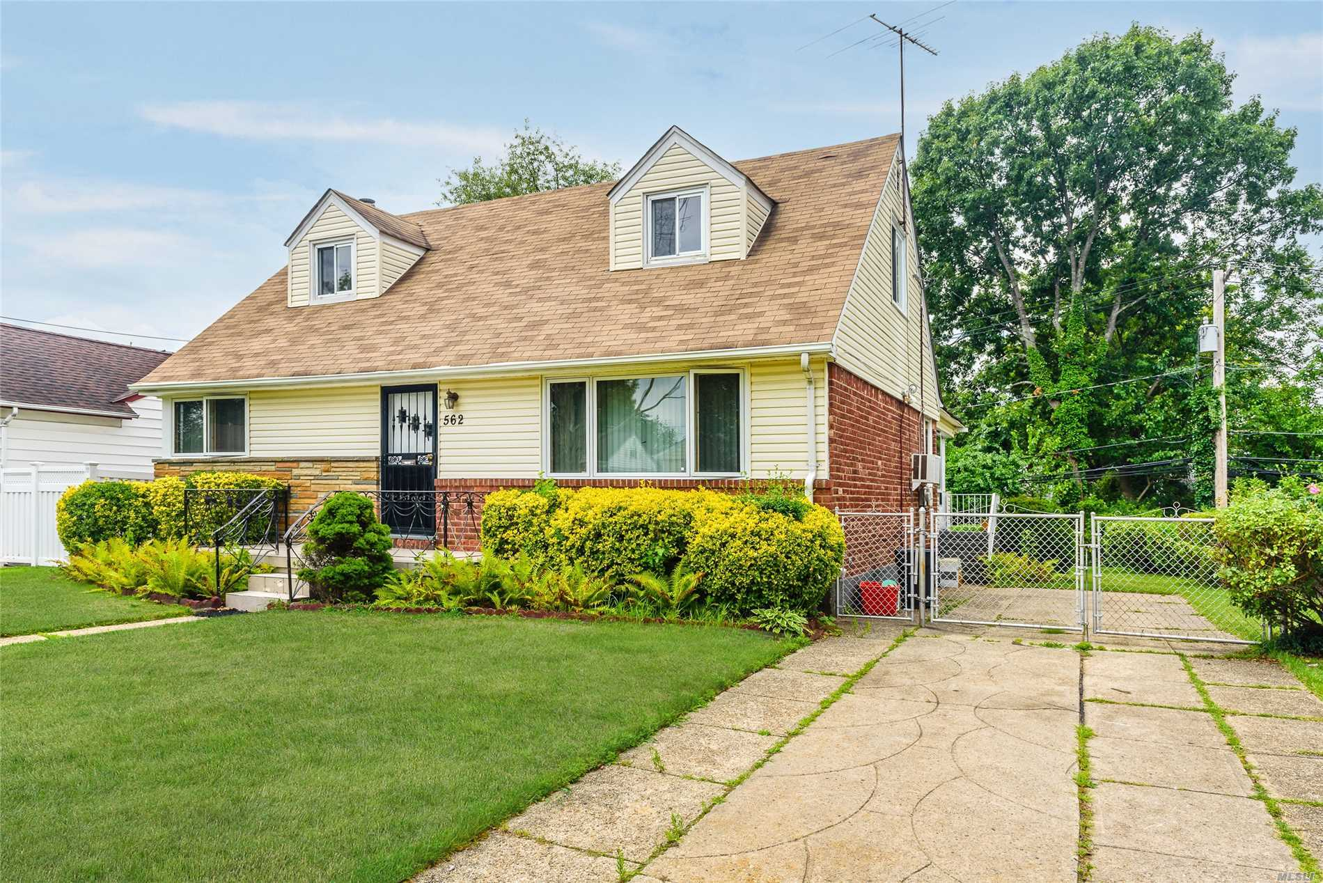 Spacious Cape, 4 Bedrooms, Finished Basement, Formal Dining Room, Den, Nice Yard. Near All