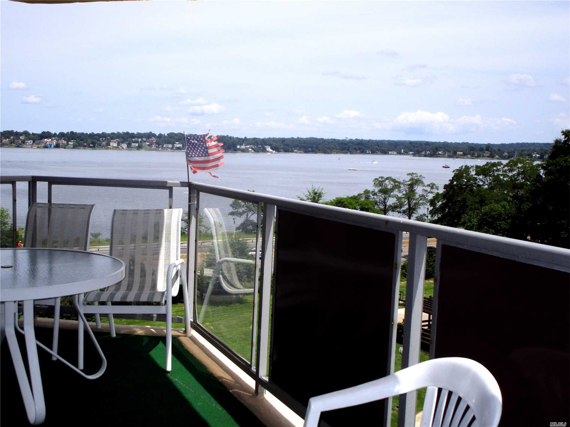 Corner 3 Bedroom Apt In Luxury Doorman Bldg,  Kitchen, Formal Dining Rm., 2 Baths, Wood Flrs, ,  2 Terraces W/ Spectacular Water Views Of Little Neck Bay, Long Island Sound. Cac, 24 Hr Doorman, Shopping Arcade On Site W/ Restaurant/Deli/Grocery Store. Beauty Spa, , Pool, Gym, Tennis & Party Rm. Close To All Shopping And Transportation. Total Maint. $2, 063.91 W/O Garage                                        .                   Dogs R Welcome