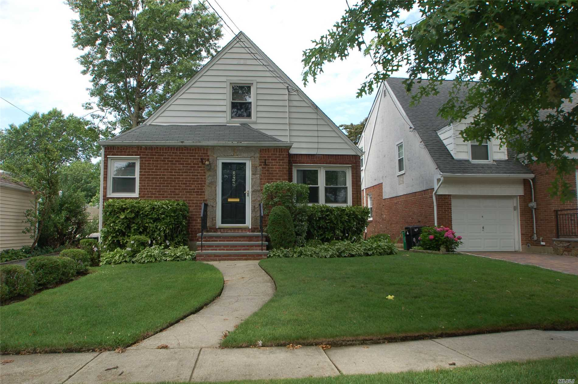 Great House! Beautiful Location!! Walk To The New Hyde Park Train Station Or The Stewart Manor Train Station.