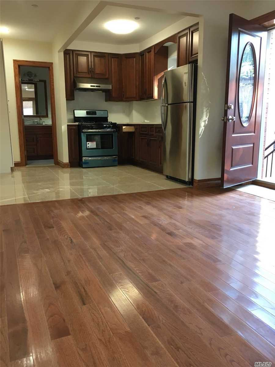 Fully New Construction 2 Bedrooms 1 Bathroom Apartment With Separate Entrance. New, Bright, Shining, Private, Convenience At Best School District And Closed To Northern Blvd. Zone Schools: P.S. 376/P.S. 31/M.S. 158/Bayside High School. Walk To Q12/Q13/N20G/Q27/Q31 Bus Stops And Long Island Railroad Bayside Station. Split Ac Units Are Installed