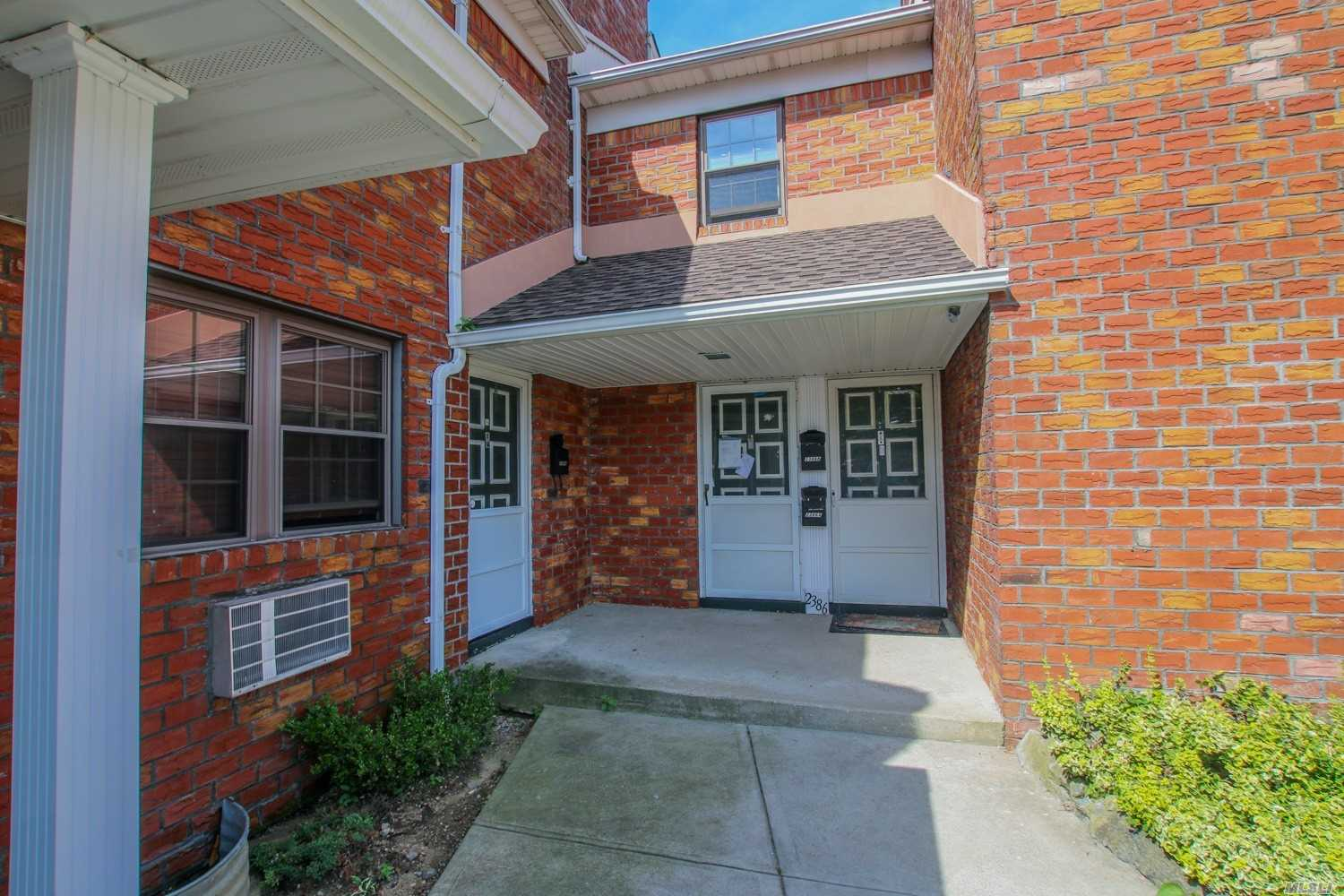 Sale May Be Subject To Term & Conditions Of An Offering Plan. Second Floor Condo. New Eik/Granite, Tile Backsplash, Ss Appliances, H/W Frlrs, Ceiling Fans, Huge Attic With Wood Flooring, W/D In Unit, Close To Rr, & Shopping, Convenient To All, Plenty Of Visitor Parking.Unit Receives 1 Parking Space, Come See, Wont Last!