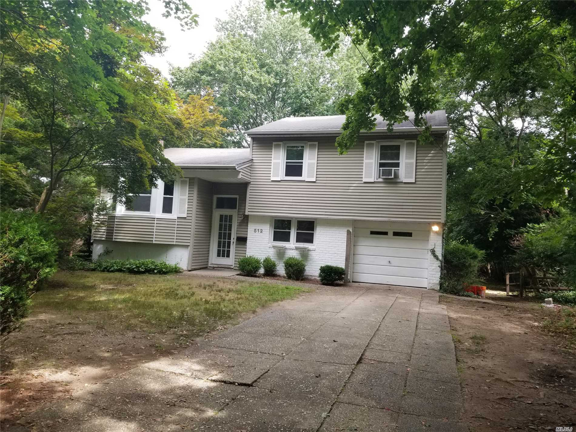 Freshly Painted, Updated Kitchen & Bath, New Washer & Dryer, Large Corner Property, Three Villiage Schools